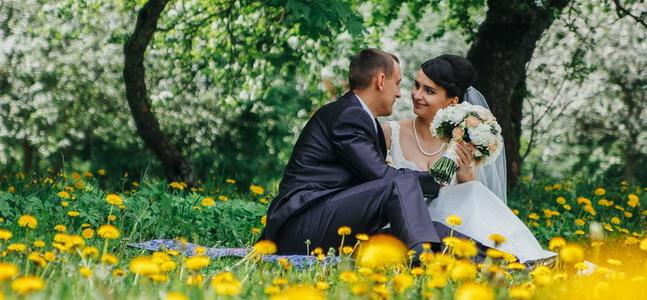 Свадьба Надежды и Алексея в яблоневом саду