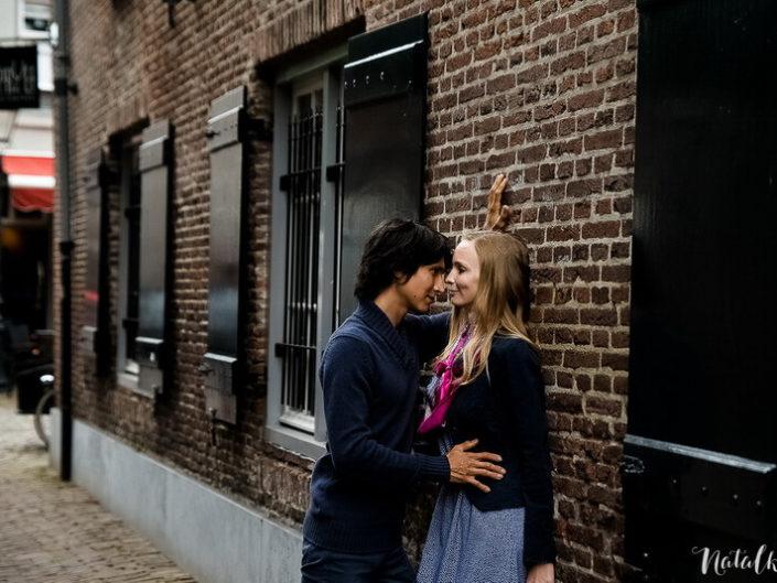 Love story, Голландия, Старый Город, молодая пара, лав стори,, окна и стены