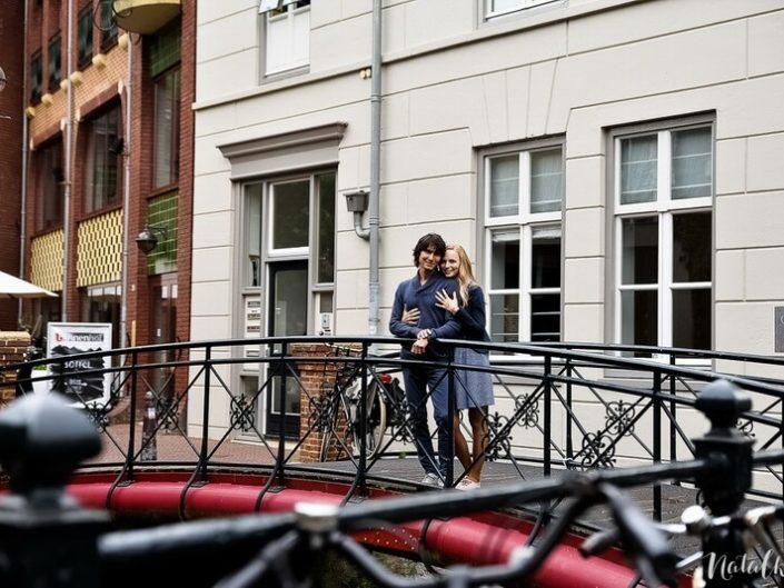 Love story, Голландия, Старый Город, молодая пара, лав стори, мостик,